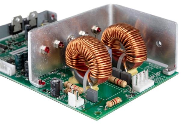 Caisson de graves Definitive Technology DN12