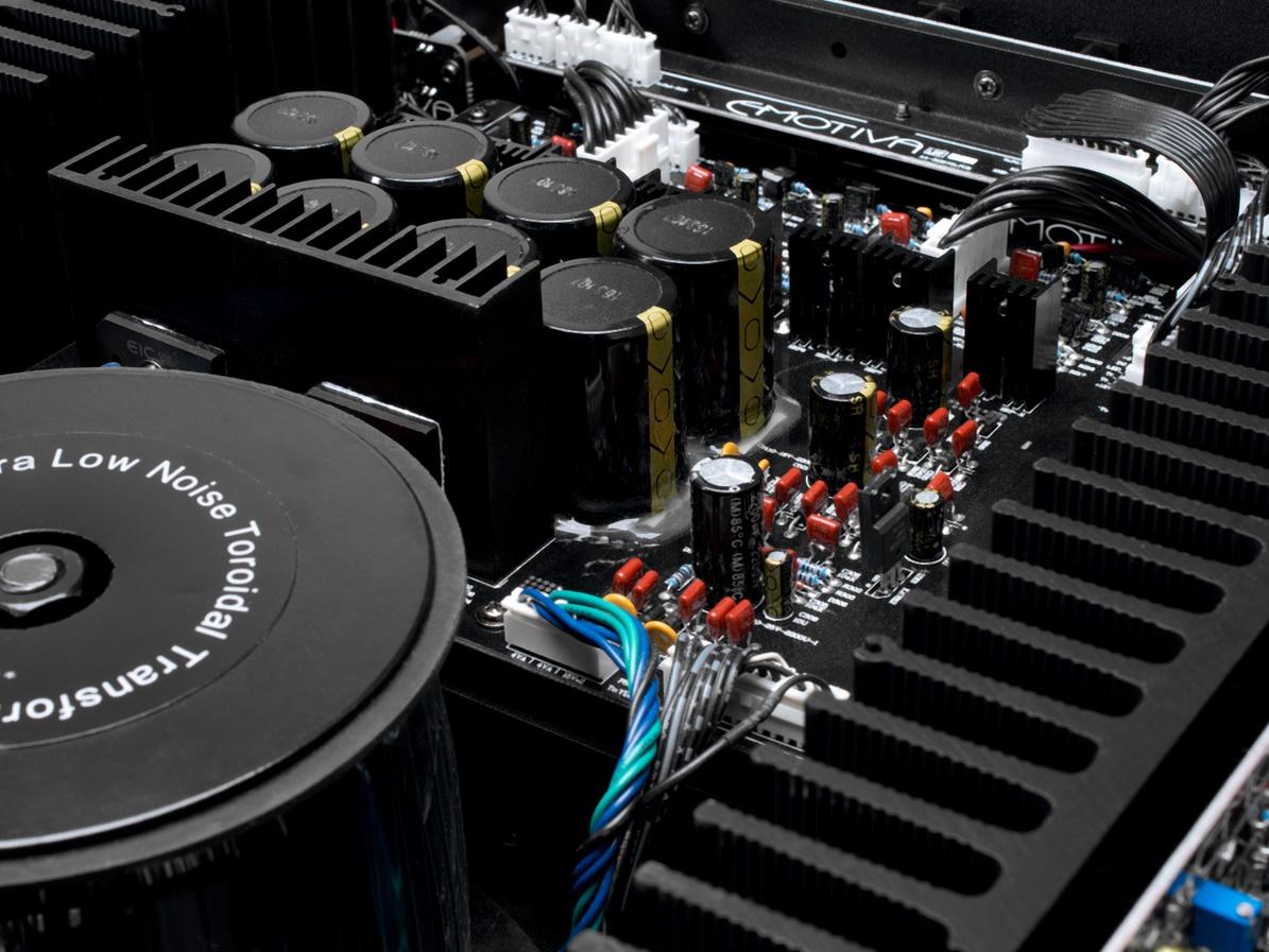 EMOTIVA A5175, amplificateur multicanal, 5 x 175 Watts