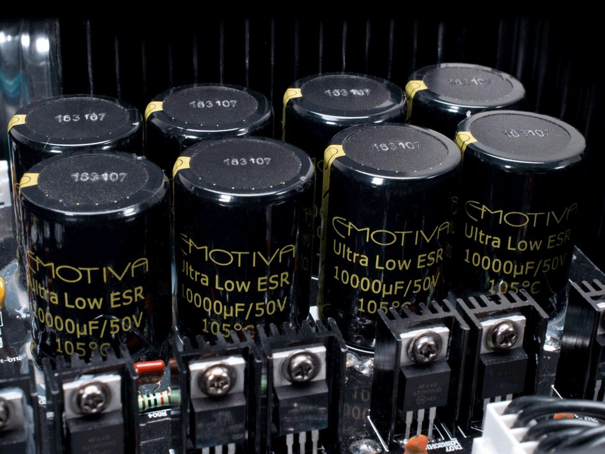 Emotiva A5175, amplificateur de puissance, cinq canaux