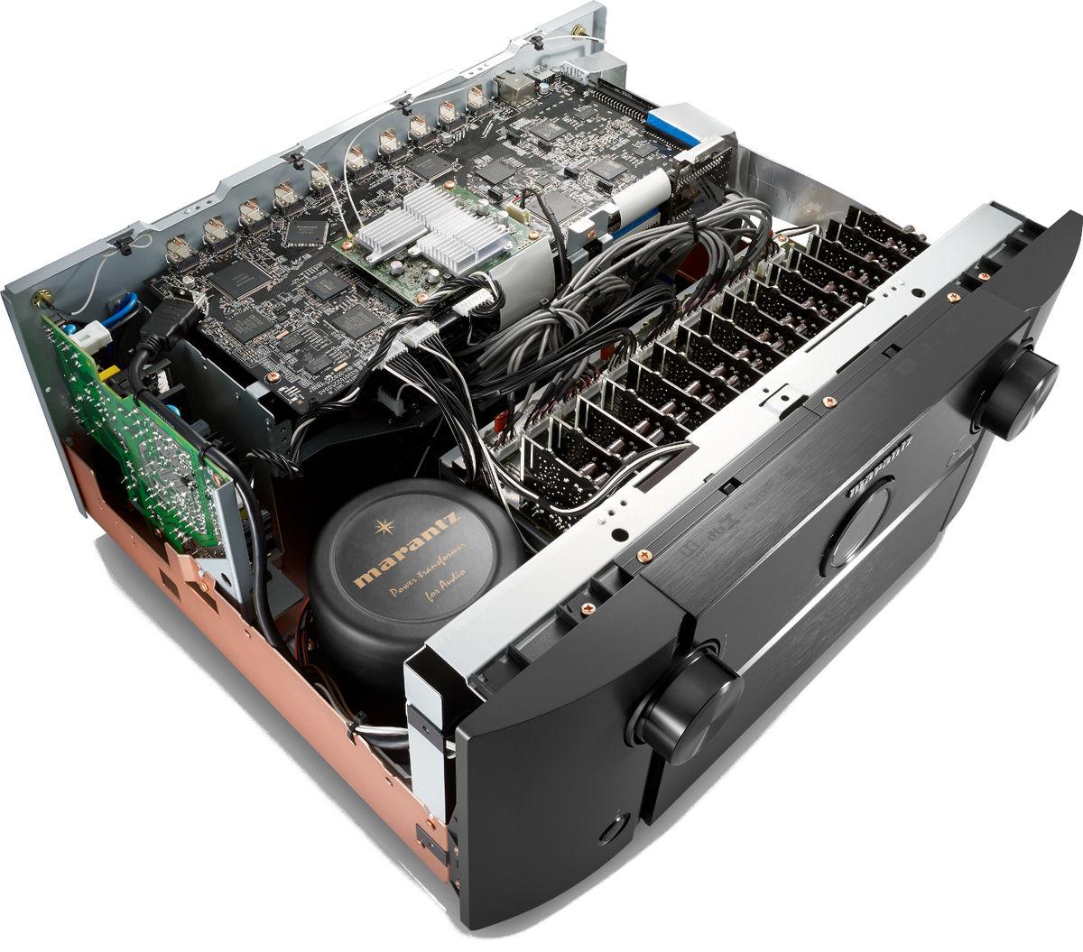 Marantz AV8805, Conversion numérique-analogique avancée à 32 bits