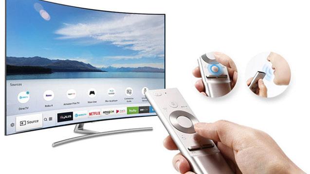 La télécommande One Remote du Samsung 75Q8 permet de piloter tous vos appareils